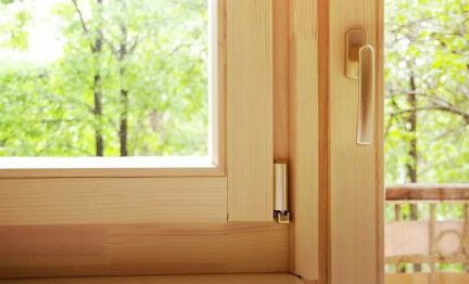 Which windows to choose: wooden or plastic?